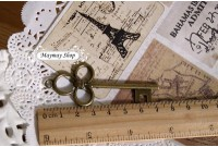 Rw194(A) Antique Keys Charm
