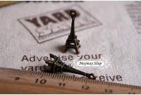 Rw72 Antique Zipper Charm *3D Eiffel Tower* (16)