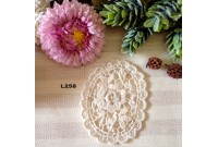 L258 Applique Style Lace Rose Frame