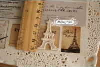 L154 Applique Style Lace Eiffel Tower